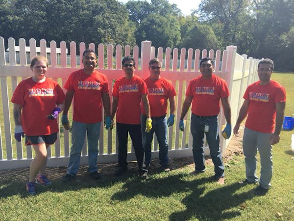 Volunteers-Day of Caring